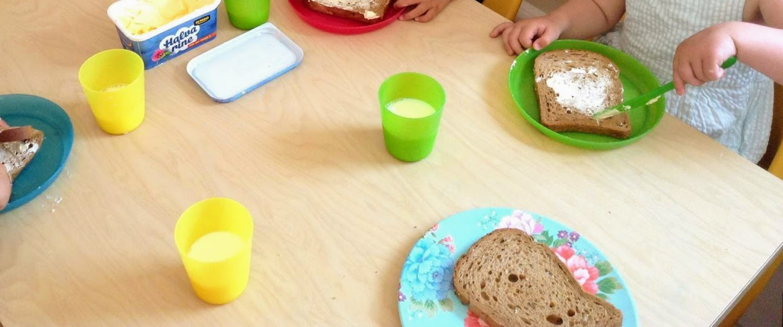 Голландский детский сад. Сон на улице и хлеб с хлебом